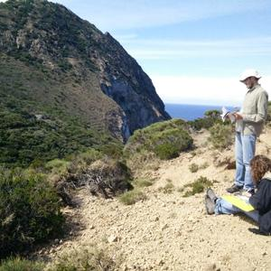 Our botanists in action in Palmarola - Picture n. 2